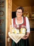 Monika Köchler ist begeisterte Direktvermarkterin von Nudeln .jpg