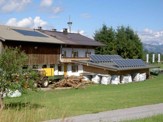 Photovoltaik_Hof_Scheffau © Peter Schießling