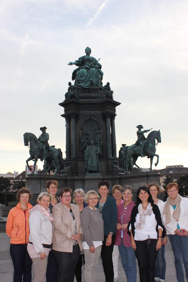 christian deutsch 44 Jahre aus Wien sucht eine Frau im Alter von 18