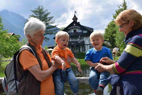 Partnersuche kleinanzeigen, Senioren kennenlernen aus