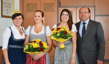 [jpegs.php?filename=%2Fvar%2Fwww%2Fmedia%2Fimage%2F2016.06.30%2F1467292208914763.jpg]