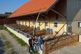 3 Stall Familie Rathmair - Foto PRIVAT.jpg