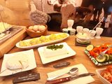 Bäuerliche Produkte zum Frühstück.jpg
